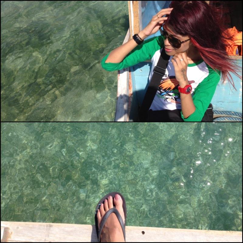 air lautnya bening bangeeet, bersiiih banget, pingin nyebur byurr