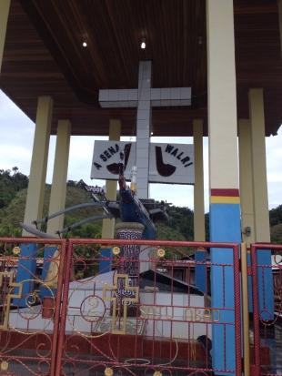 Tugu peringatan seabad masuknya injil di Tablasupa