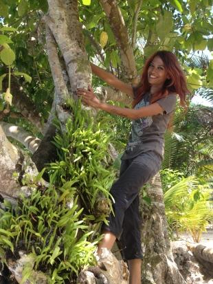 Tarzan mulai beraksi…auwoooo