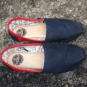 Sepatu Baru Saya